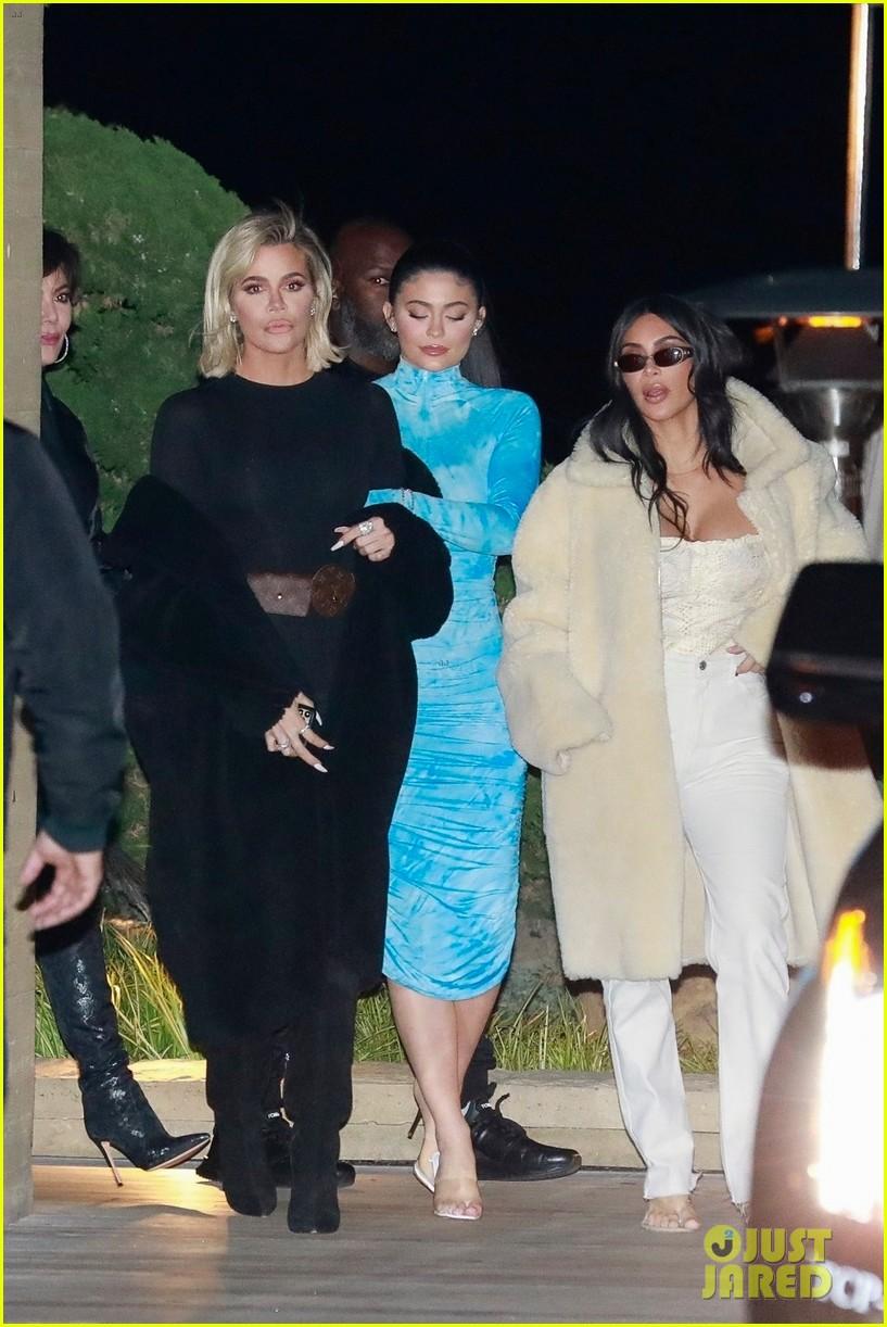 kardashian jenner family dinner at nobu 224413467