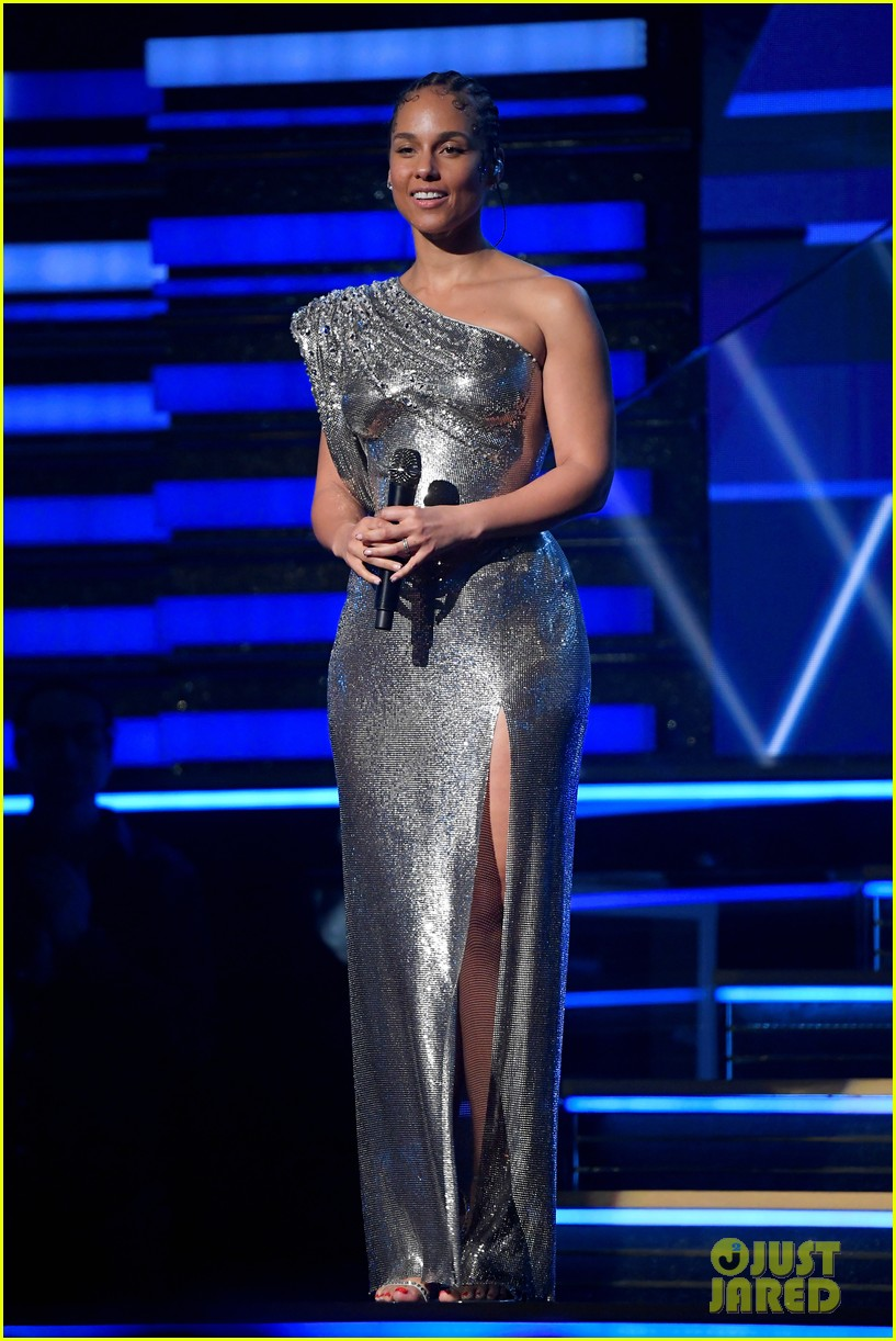 Grammys 2020: Alicia Keys Sings About the Year in Music to ...