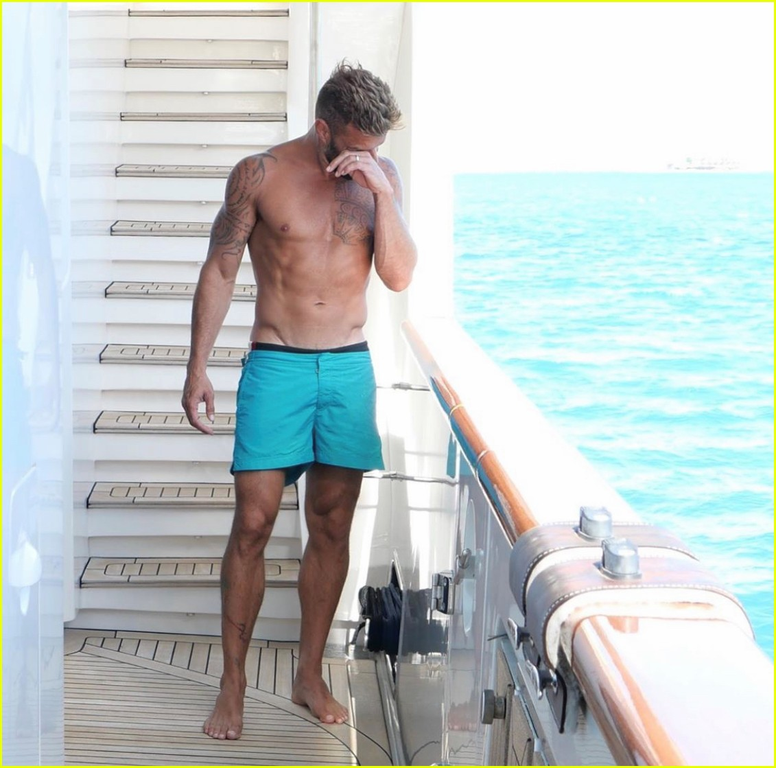 Ricky Martin Looks So Hot In These Shirtless Vacation