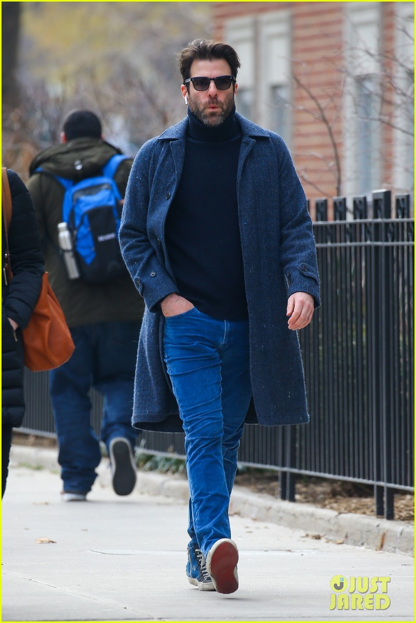 zachary quinto cool walk nyc 014412059