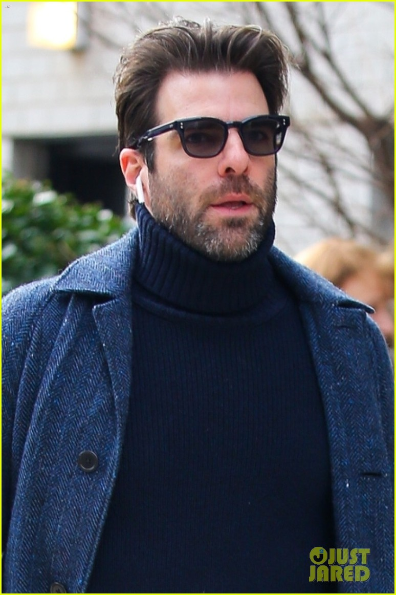 zachary quinto cool walk nyc 024412060