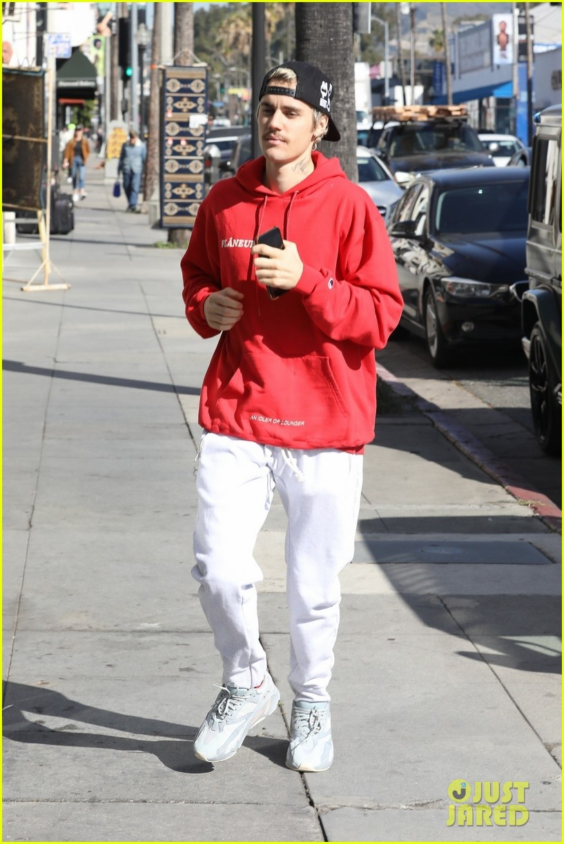 justin bieber hailey bieber demi lovato attend church together 094437462