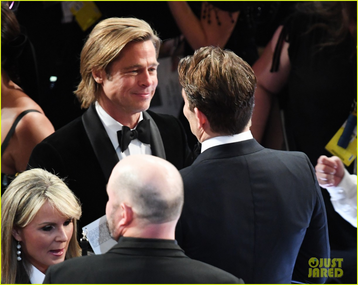 brad pitt bradley cooper catch up oscars 064434331
