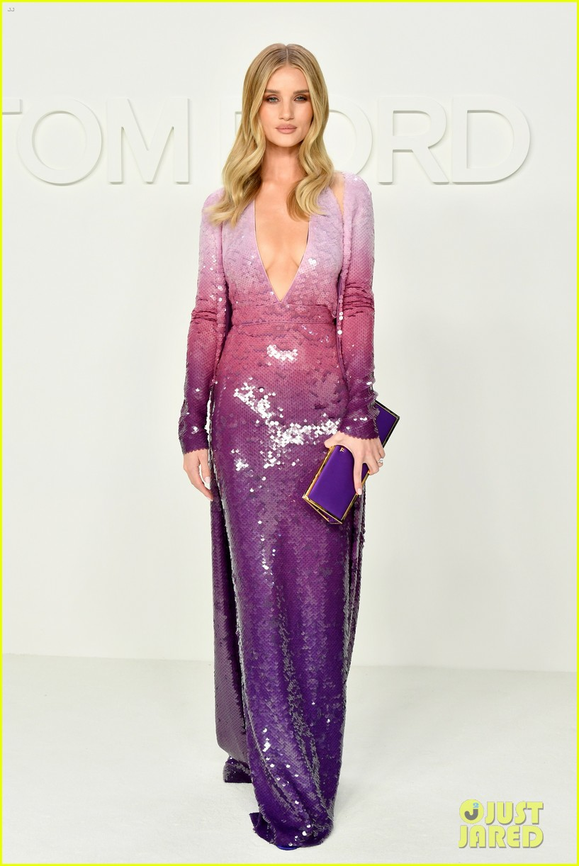 ciara russell wilson baby bump tom ford show more stars 014431677