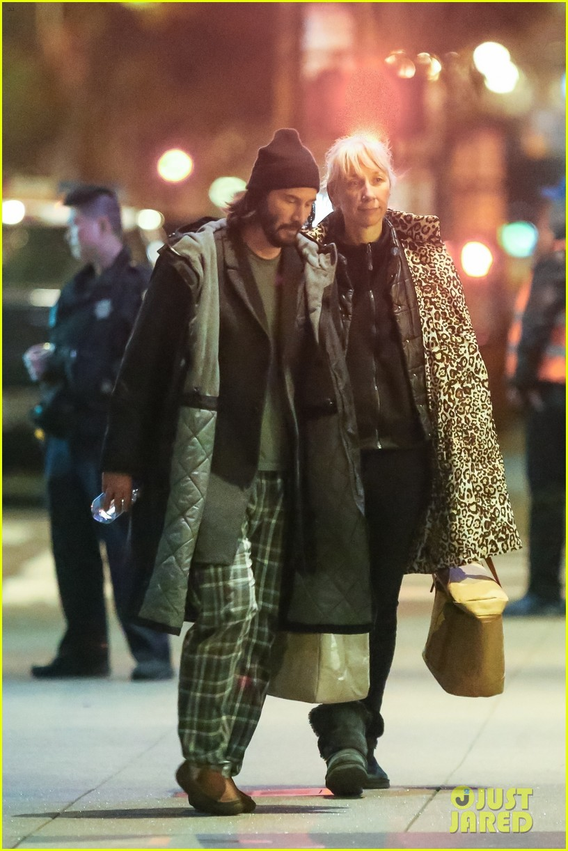 Keanu Reeves is Joined by Girlfriend Alexandra Grant on ...
