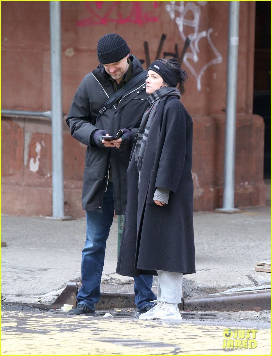david harbour lily allen still going strong new photos 044439185