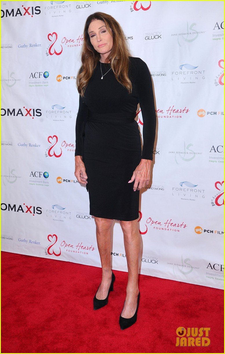 caitlyn jenner ex wife linda thompson hang out open heart foundation gala 034438353