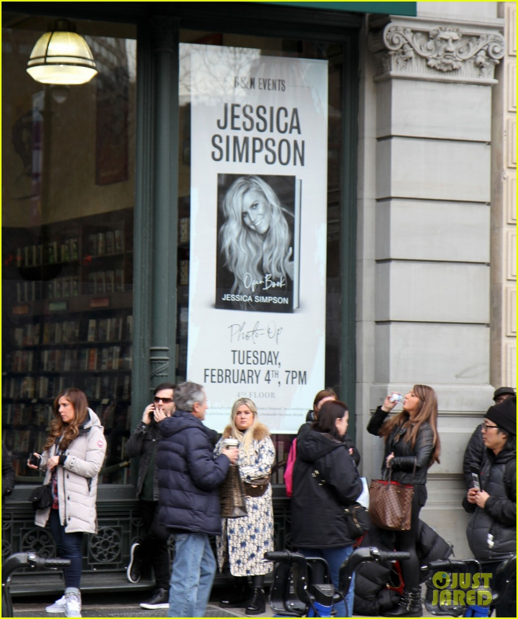 jessica simpson book event 2020 064429689