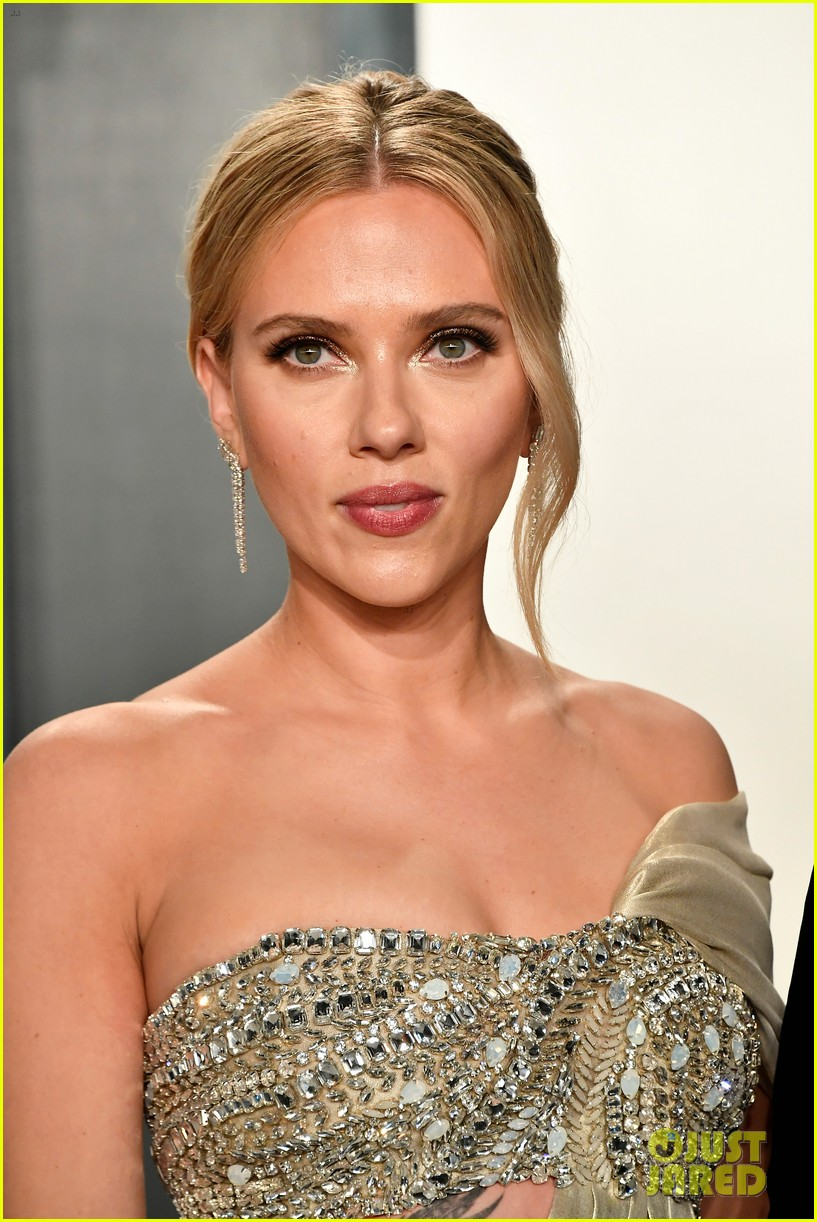 Scarlett Johansson Shows Off Tattoos in Oscars Party 2020 ...