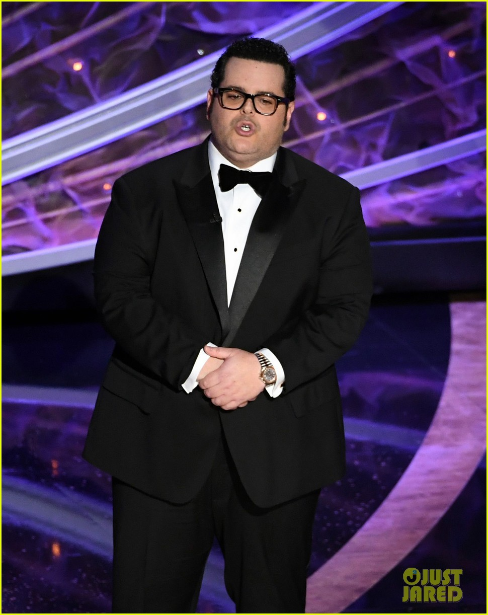 Josh Gad Jokes About How Idina Menzel S Name Was Mispronounced Ahead Of Into The Unknown Performance At Oscars 2020 Photo 4434014 2020 Oscars Ida Darvish Josh Gad Oscars Pictures Just Jared Intro harry potter cinéma 4d after effects cc 2019. just jared