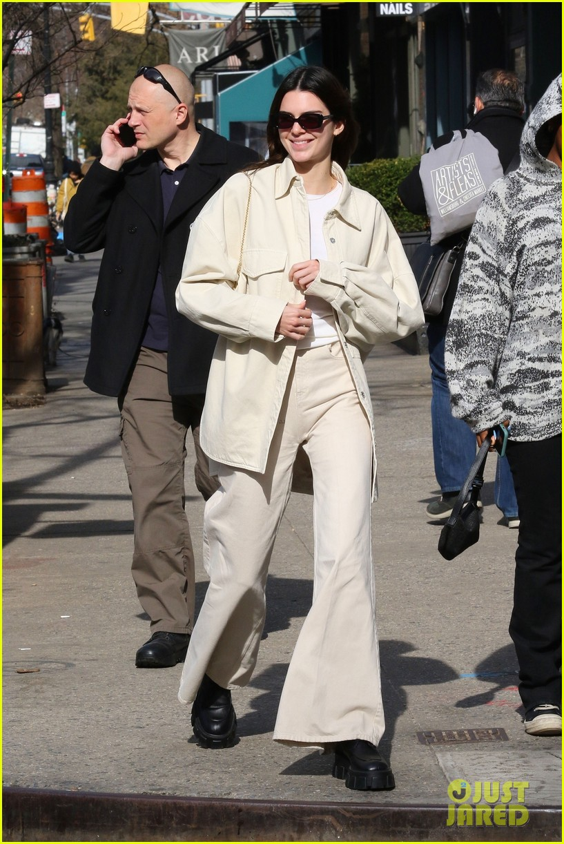 kendall jenner return nyc after milan london fw 014441571