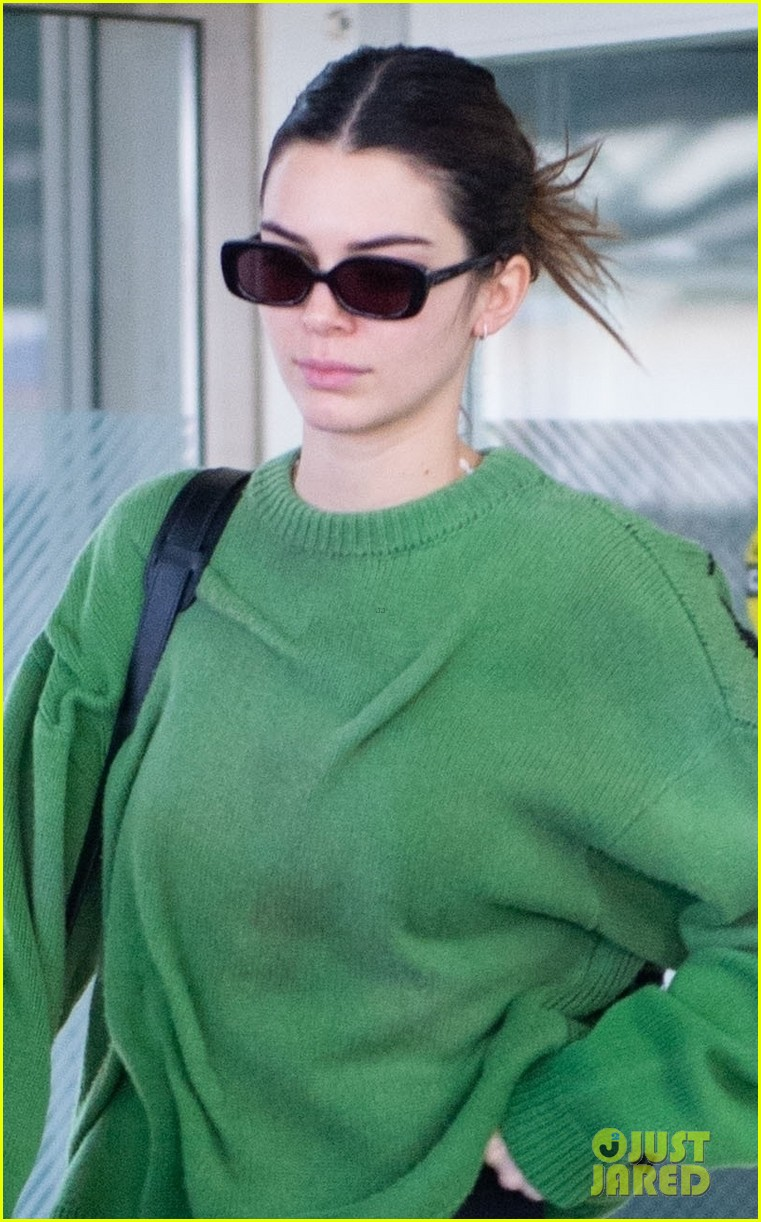 kendall jenner return nyc after milan london fw 054441575