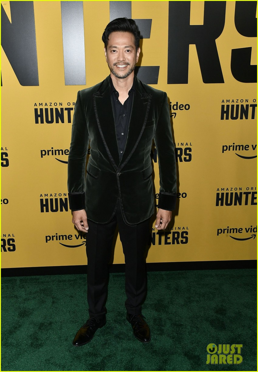 al pacino logan lerman more stars hunters amazon premiere 064439631