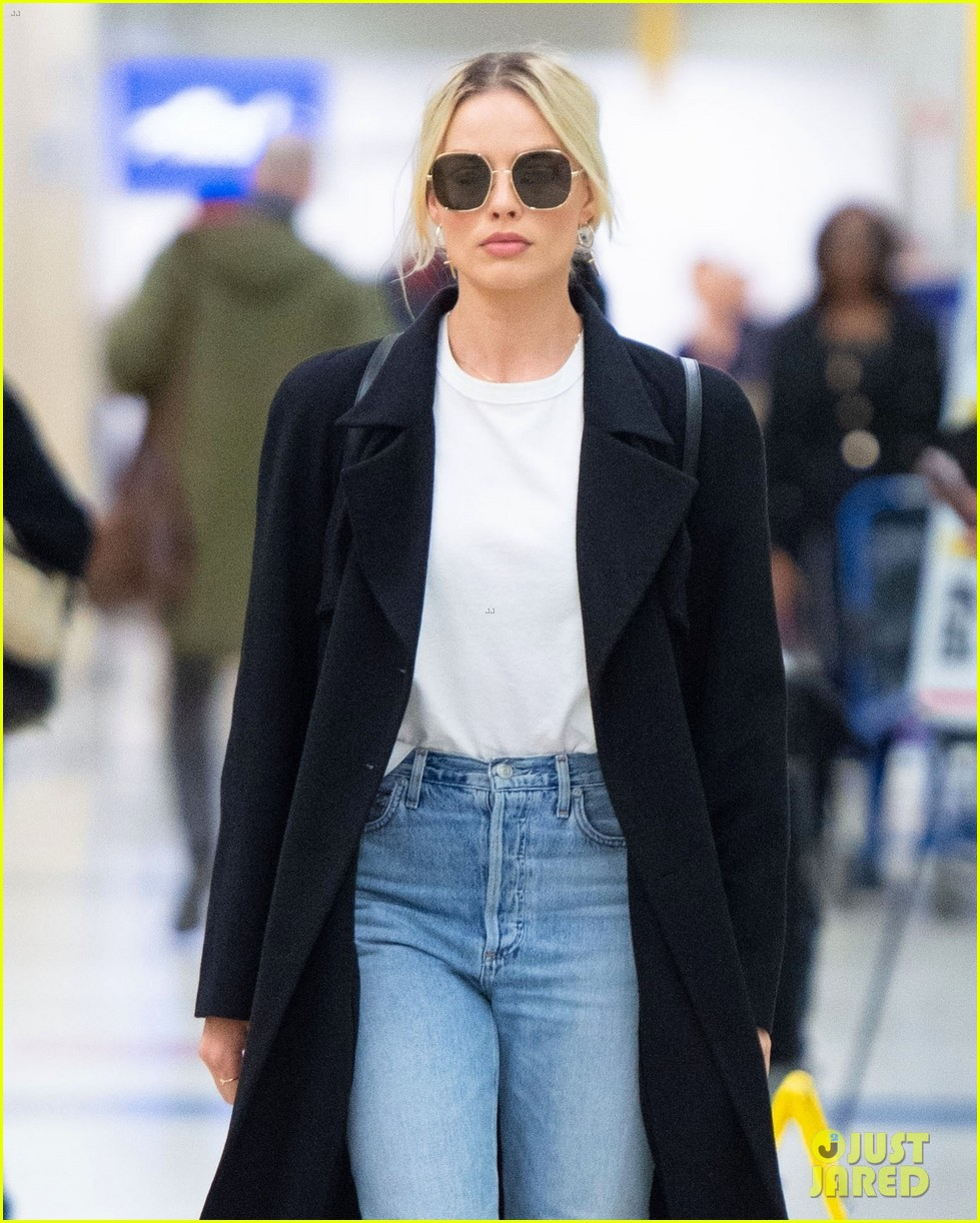 margot robbie la return gotham talk 034429182