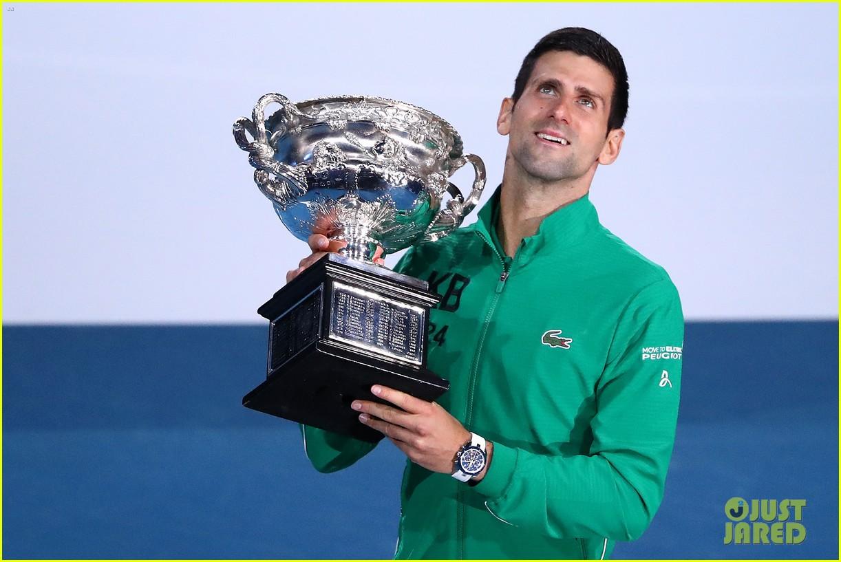 Novak Djokovic Pays Tribute To Kobe Bryant After Winning Australian Open 2020 Photo 4428130 Kobe Bryant Novak Djokovic Pictures Just Jared