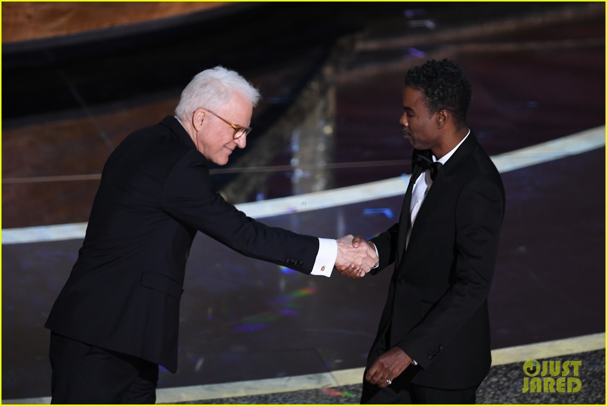 steve martin chris rock call out oscars for lack of diversity in nominees 034434021