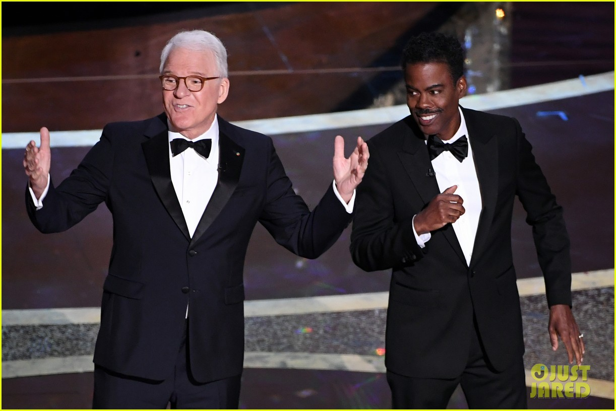 steve martin chris rock call out oscars for lack of diversity in nominees 104434028
