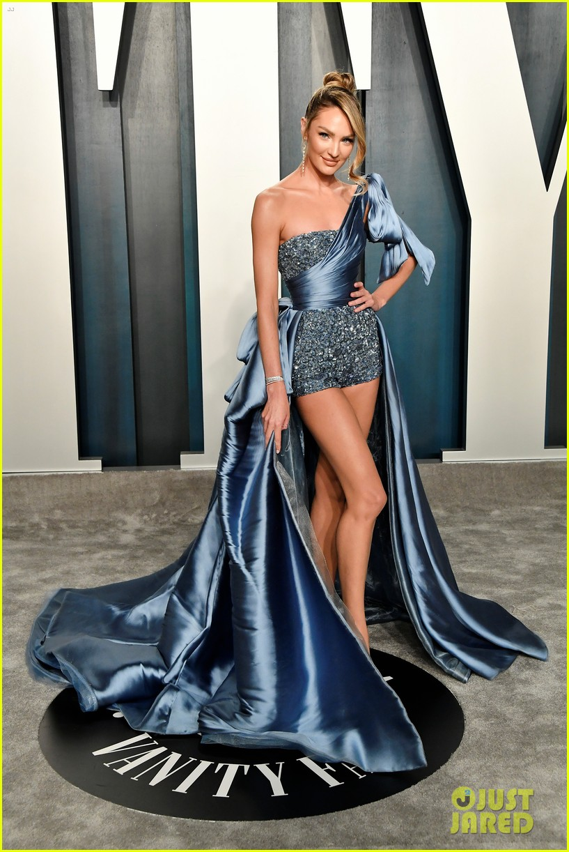 Candice Swanepoel Dons Super Short Shorts For Vanity Fair Oscar Party 2020 Photo 4436021 2020 Oscars Parties Barbara Palvin Candice Swanepoel Jasmine Tookes Josephine Skriver Stella Maxwell Taylor Hill Pictures Just Jared