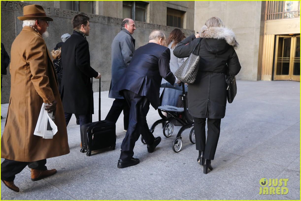 harvey weinstein jury possibly deadlocked 034440380