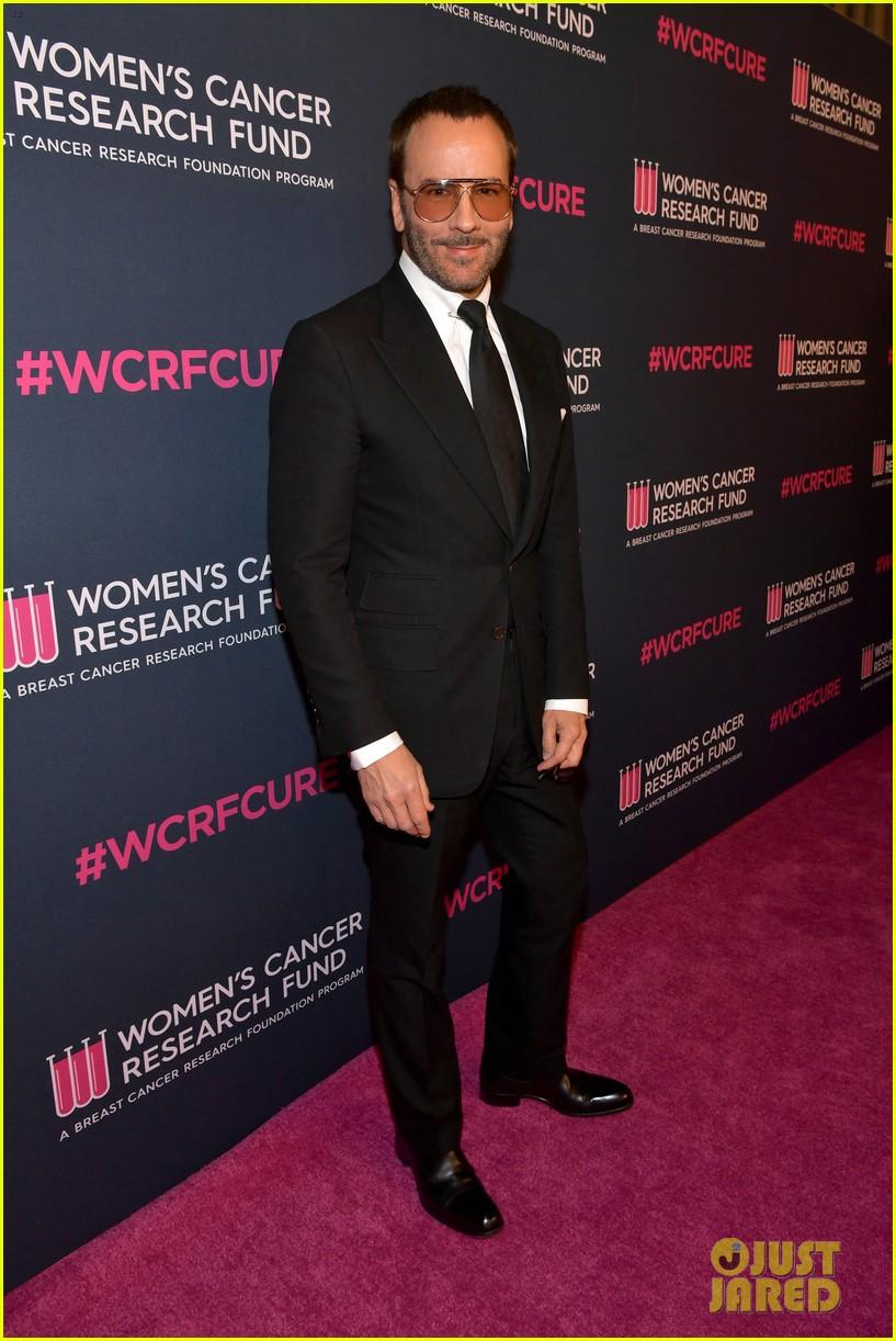 renee zellweger makes first appearance since winning oscar womens cancer research fund 074443586