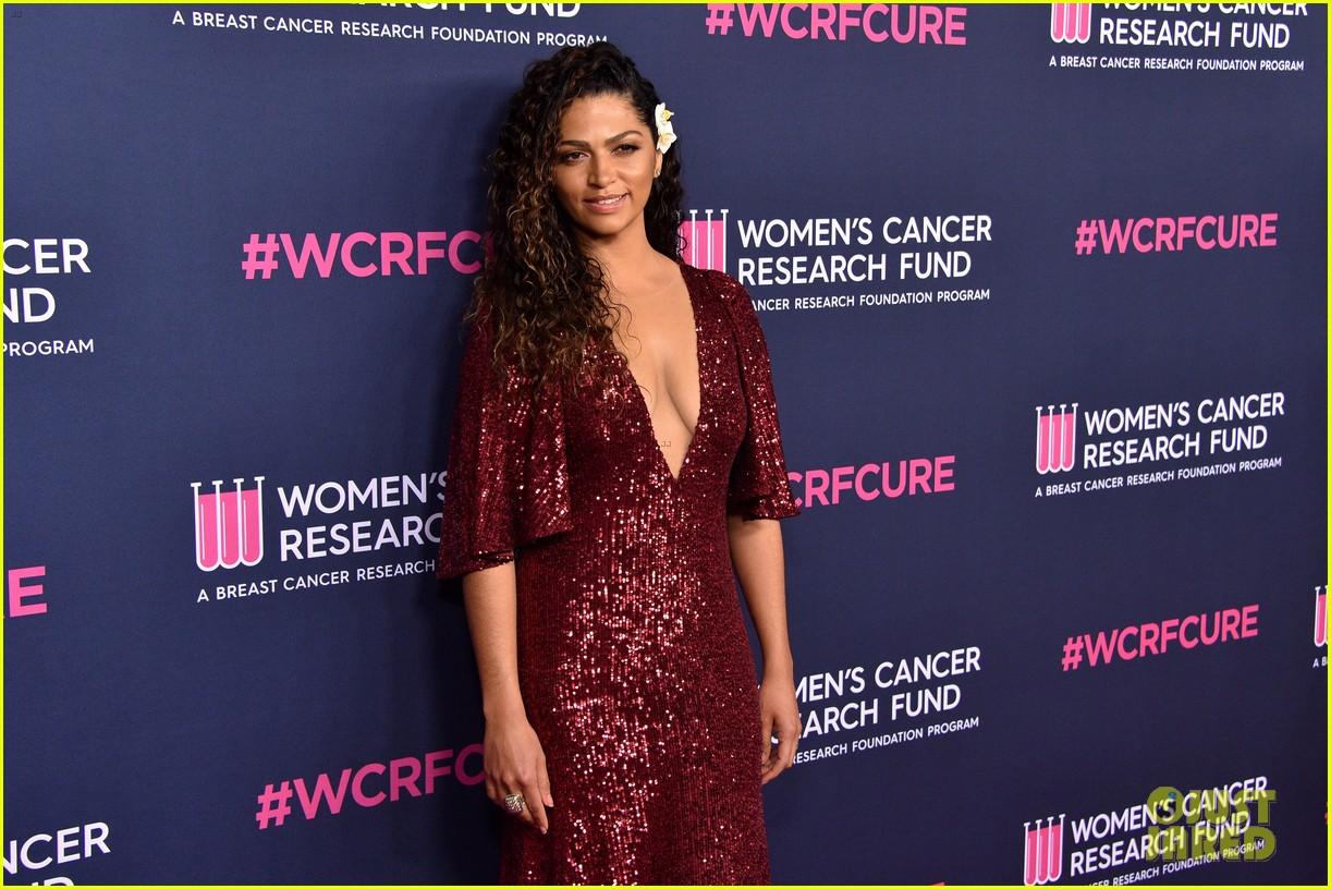 renee zellweger makes first appearance since winning oscar womens cancer research fund 144443593