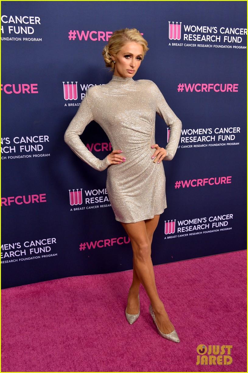 renee zellweger makes first appearance since winning oscar womens cancer research fund 204443599