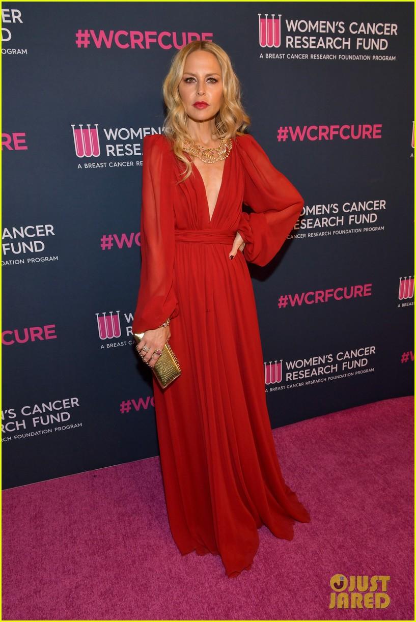 renee zellweger makes first appearance since winning oscar womens cancer research fund 234443602