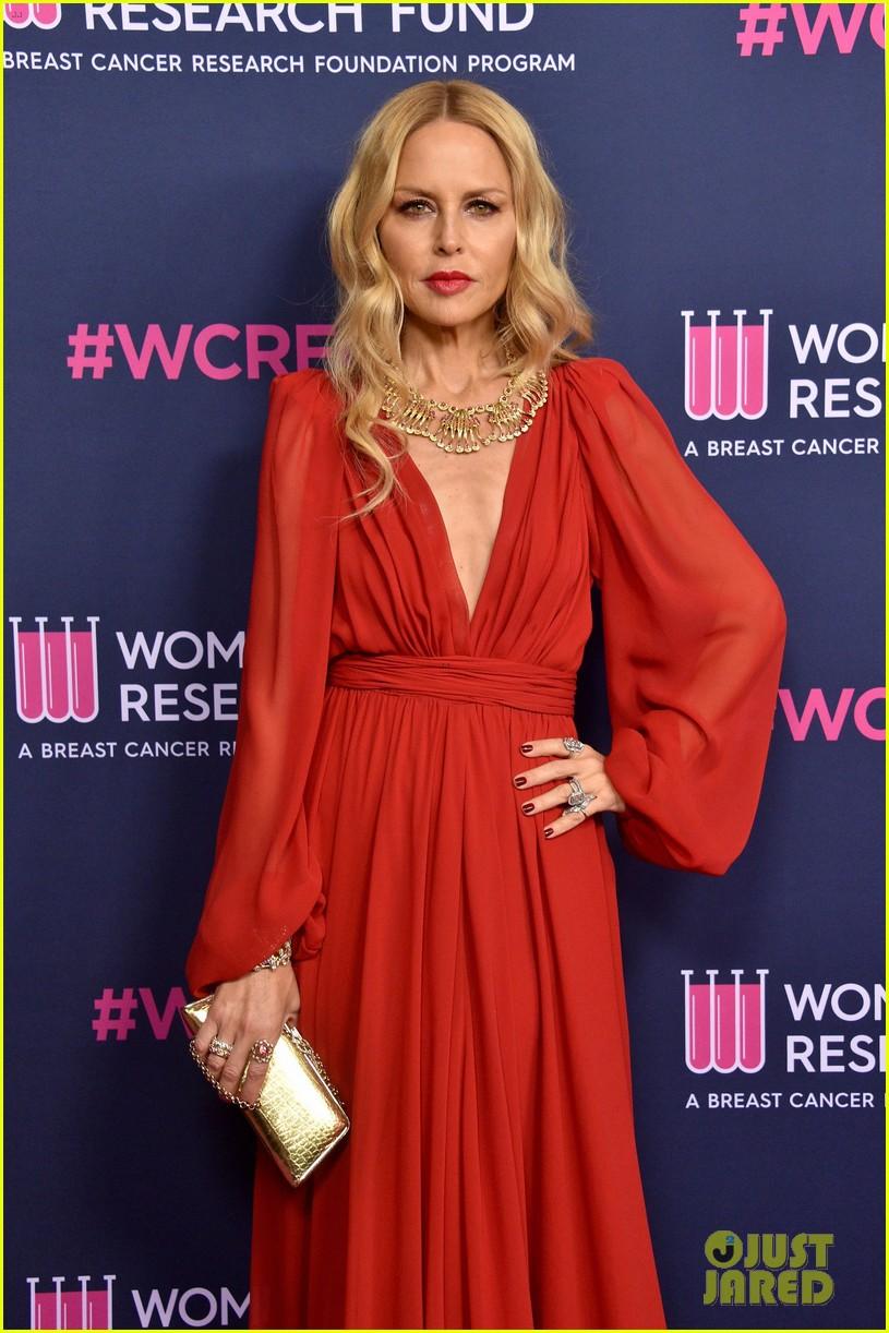 renee zellweger makes first appearance since winning oscar womens cancer research fund 284443607