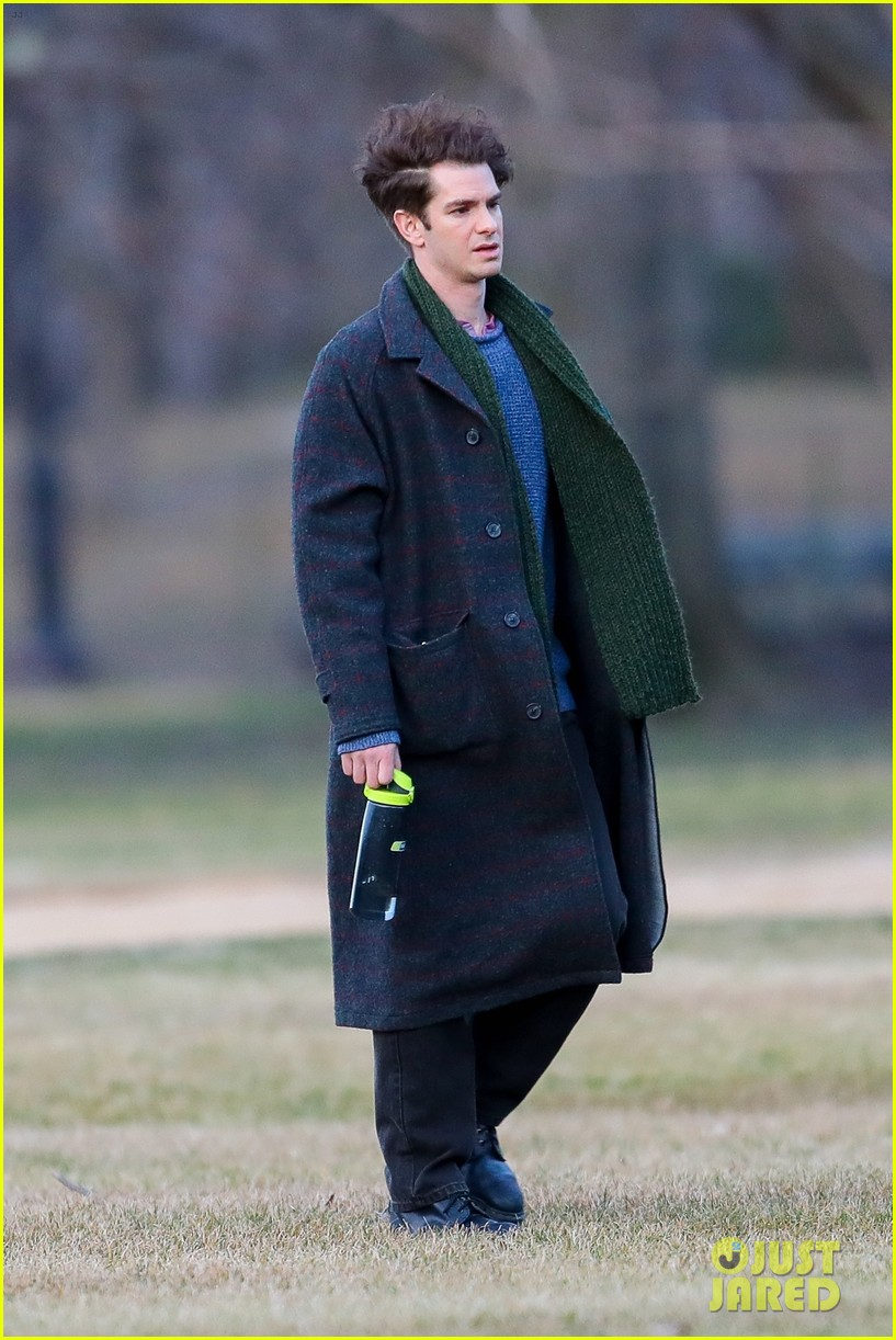 andrew garfield tick filming spiderman rumors 044447006