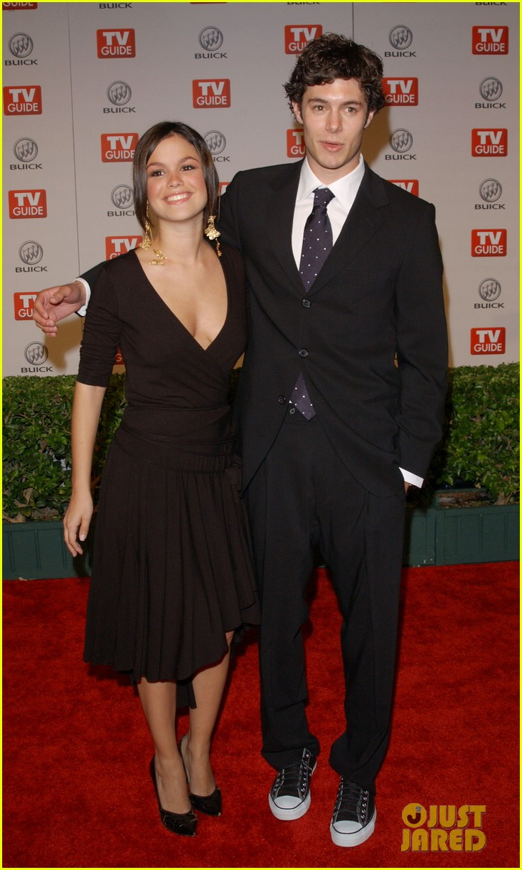 rachel bilson apologizes for breaking up with adam brody 014451475