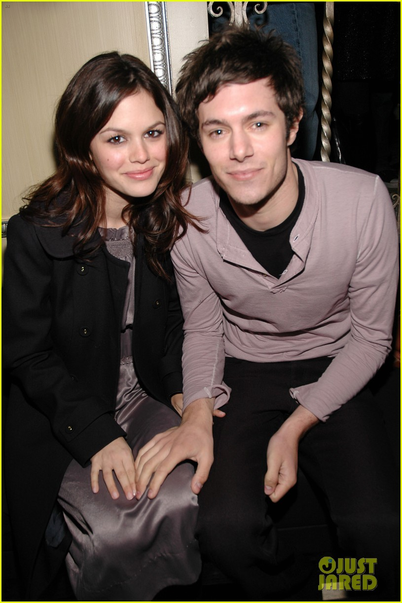 rachel bilson apologizes for breaking up with adam brody 054451479