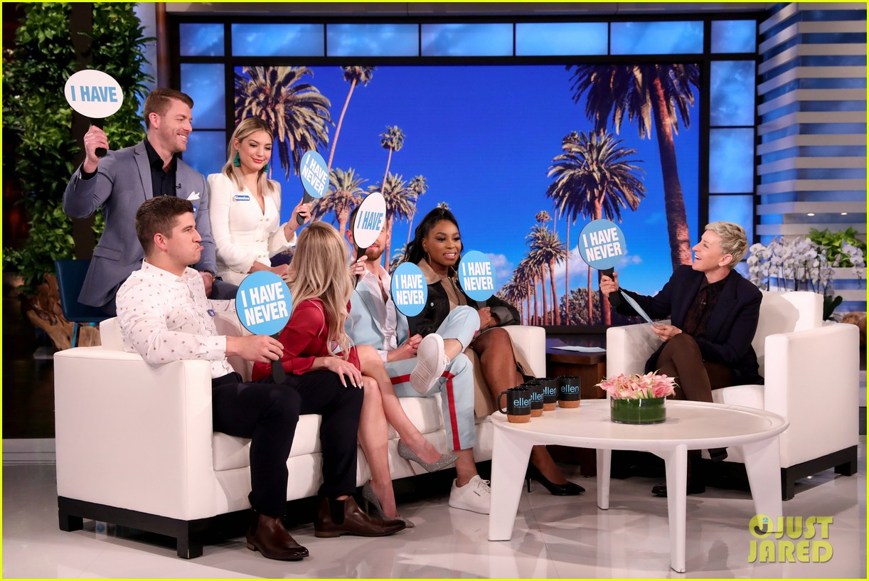love is blind stars reveal how they ended up on the show on ellen video 014448176