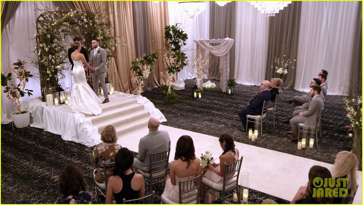 love blind weddings cost show versus bridegroom 054445531