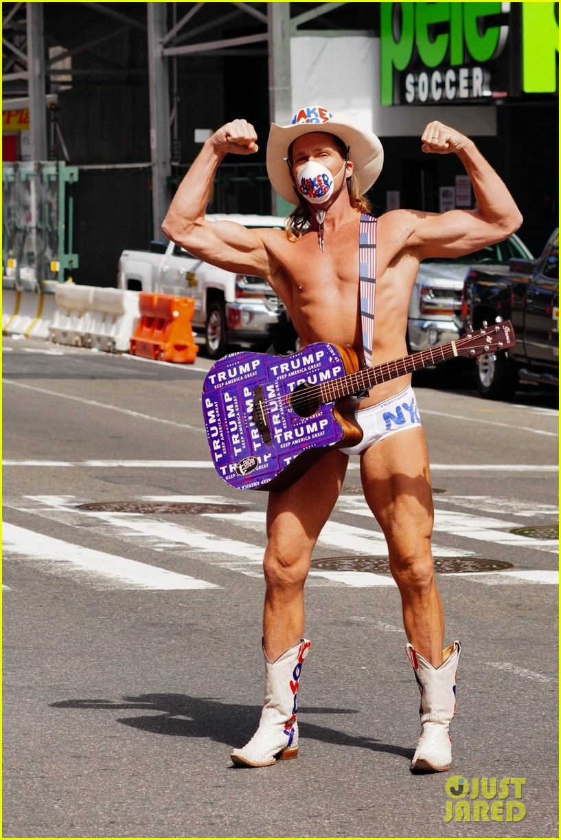 naked cowboy busking in a face mask 044451085