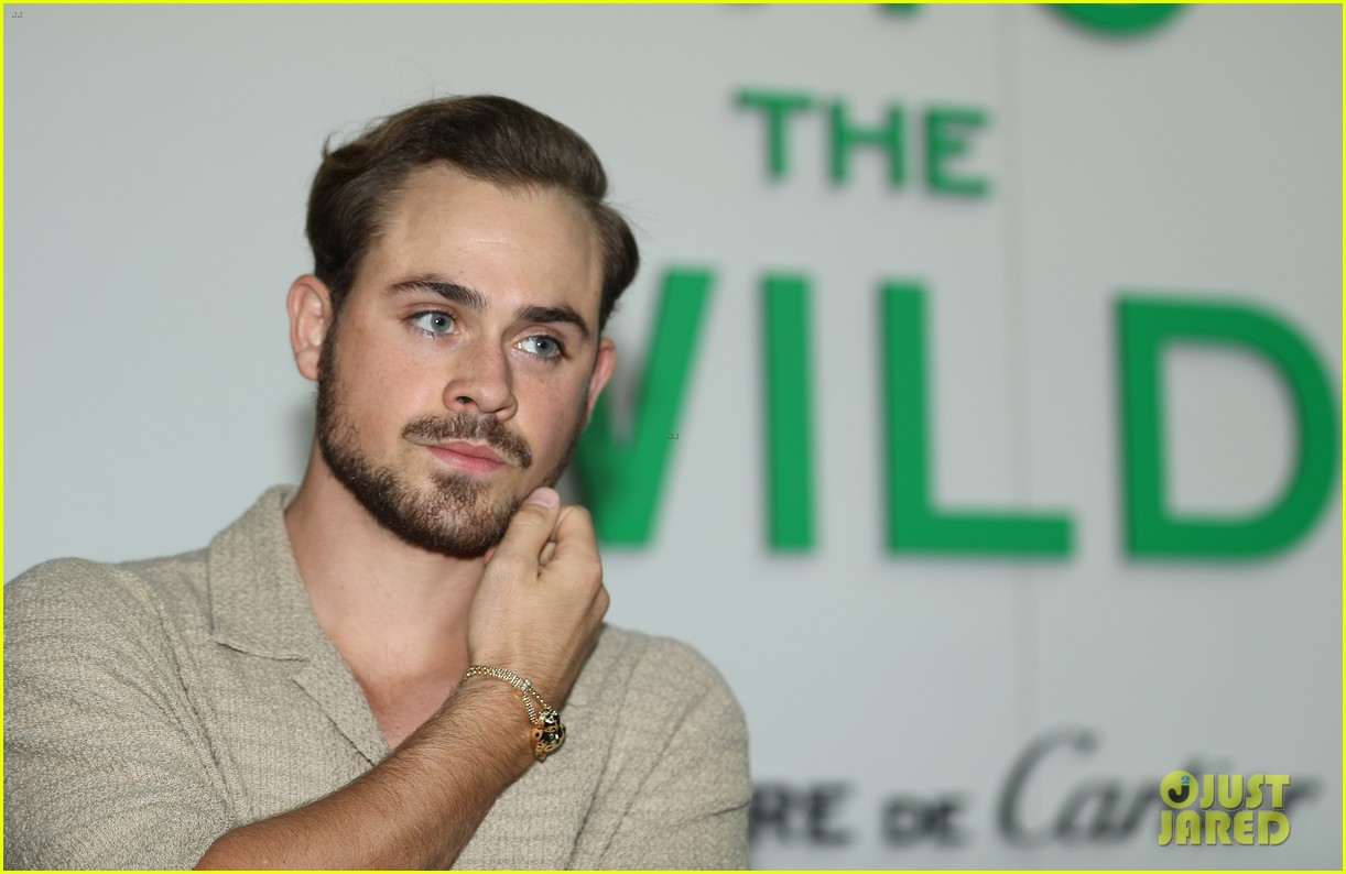 dacre montgomery liv pollack cartier march 2020 074446194