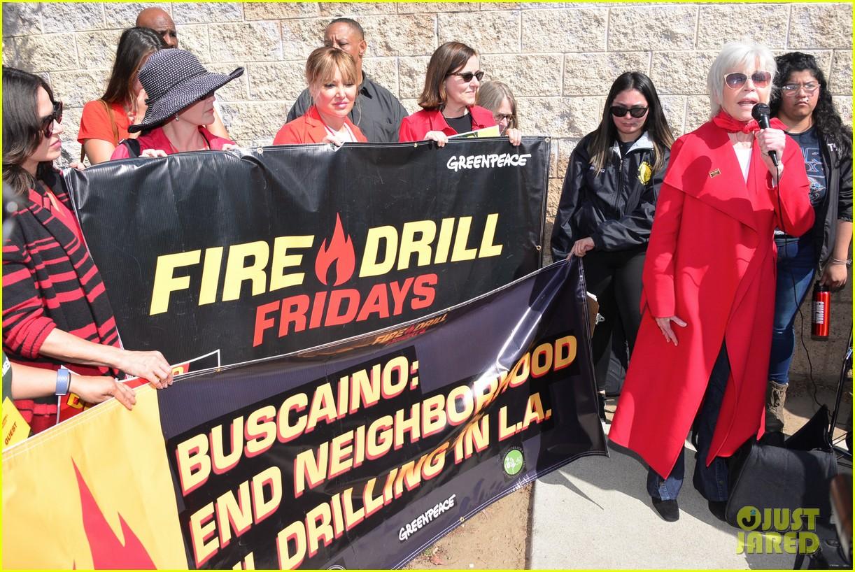 jane fonda fire drill friday march 084447128