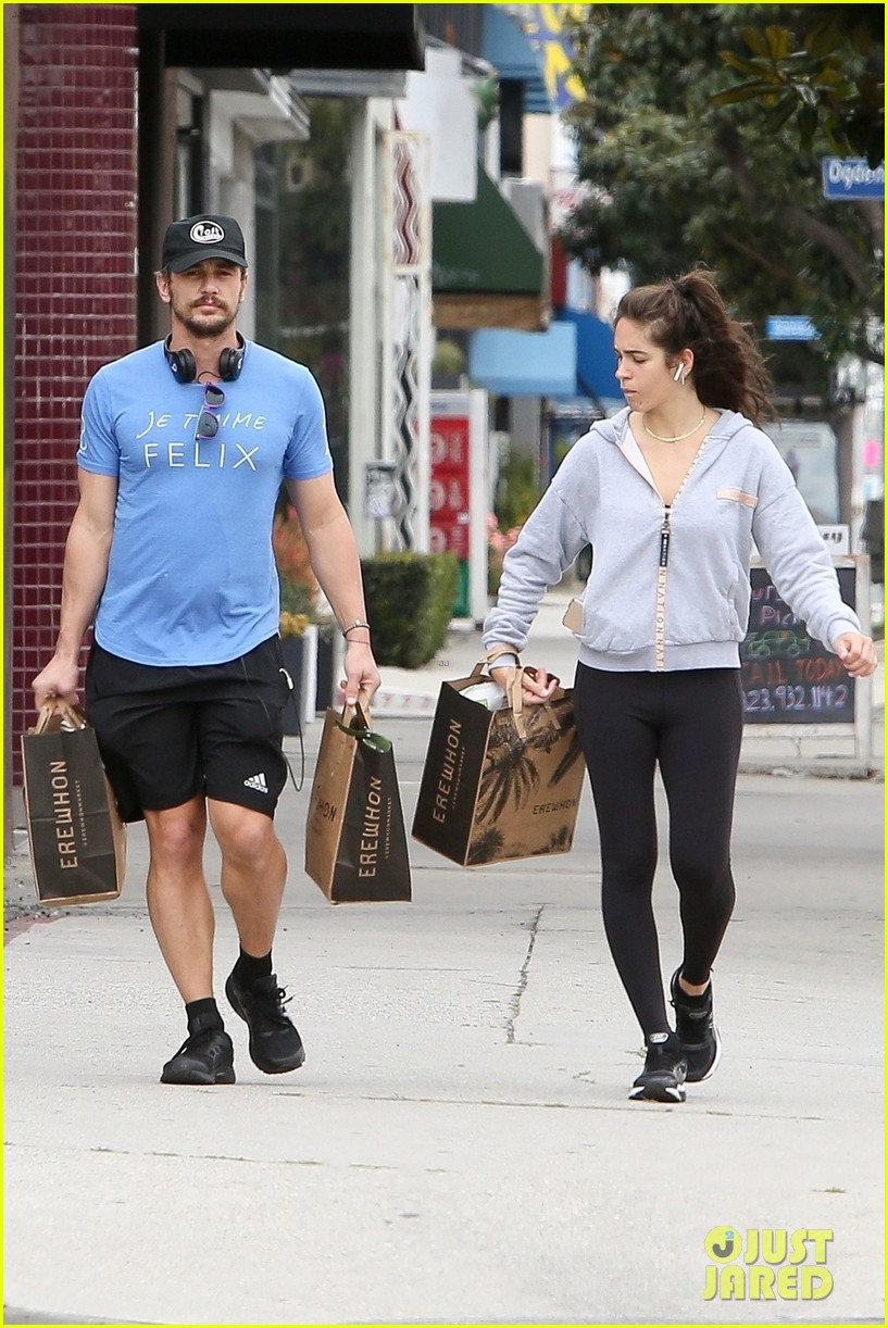 james franco goes grocery shopping with a female friend 064450700