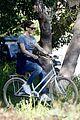 jennifer garner heads out on solo bike ride 01