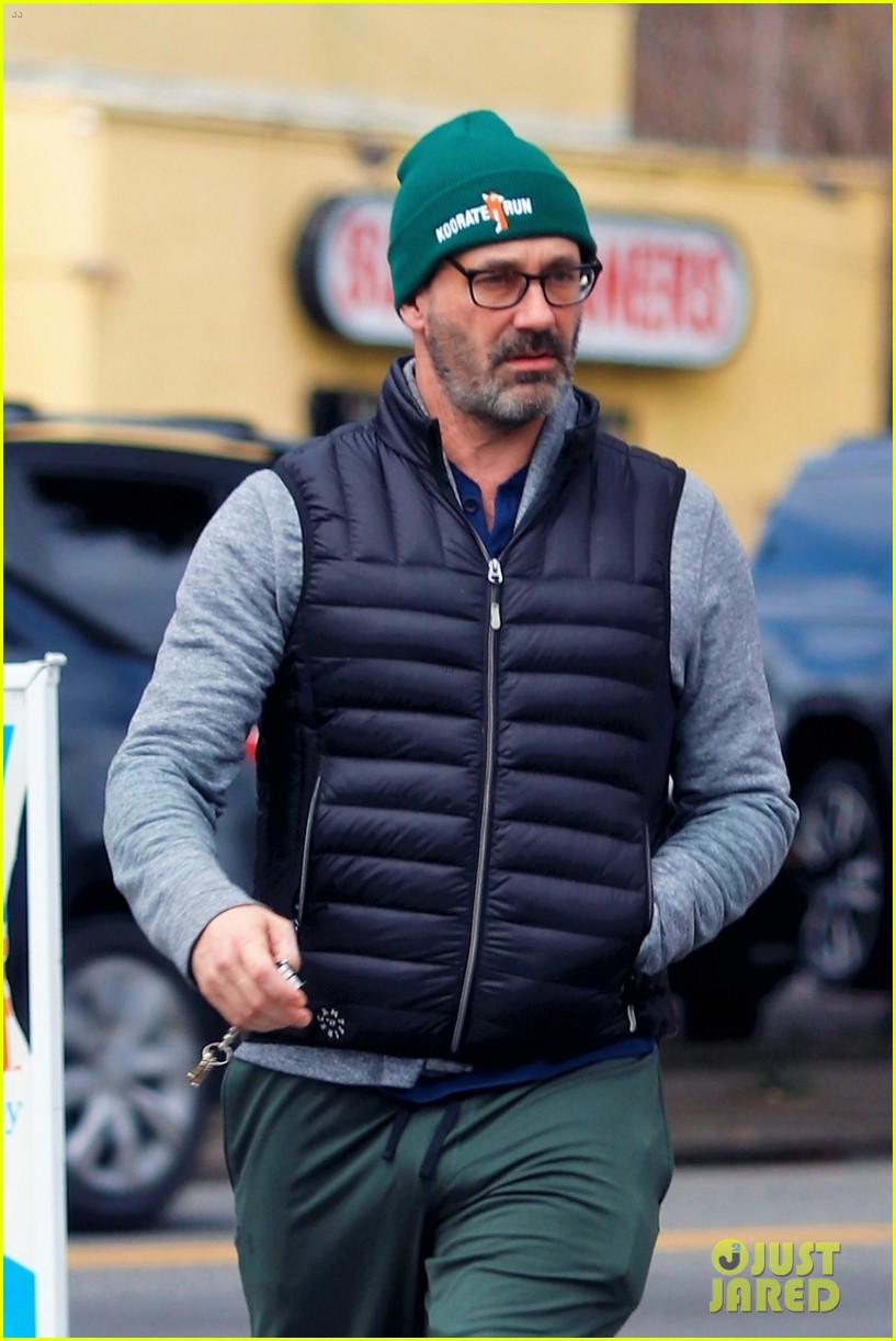 jon hamm goes for solo stroll 064450145