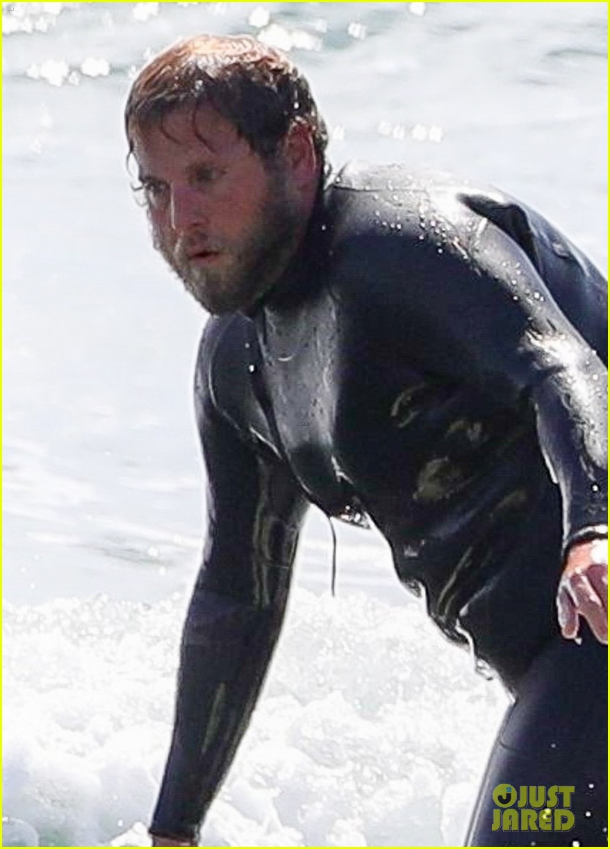 jonah hill shows off tattoos stripping out of wetsuit 054450691