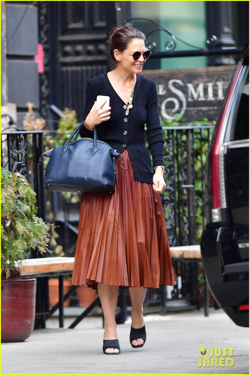 katie holmes nyc march 2020 034447365