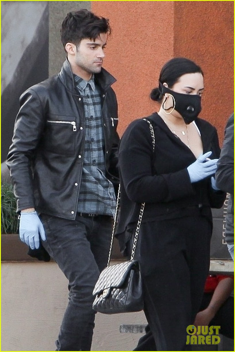 Demi Lovato Was Spotted with Max Ehrich Last Week - See the Photos ...