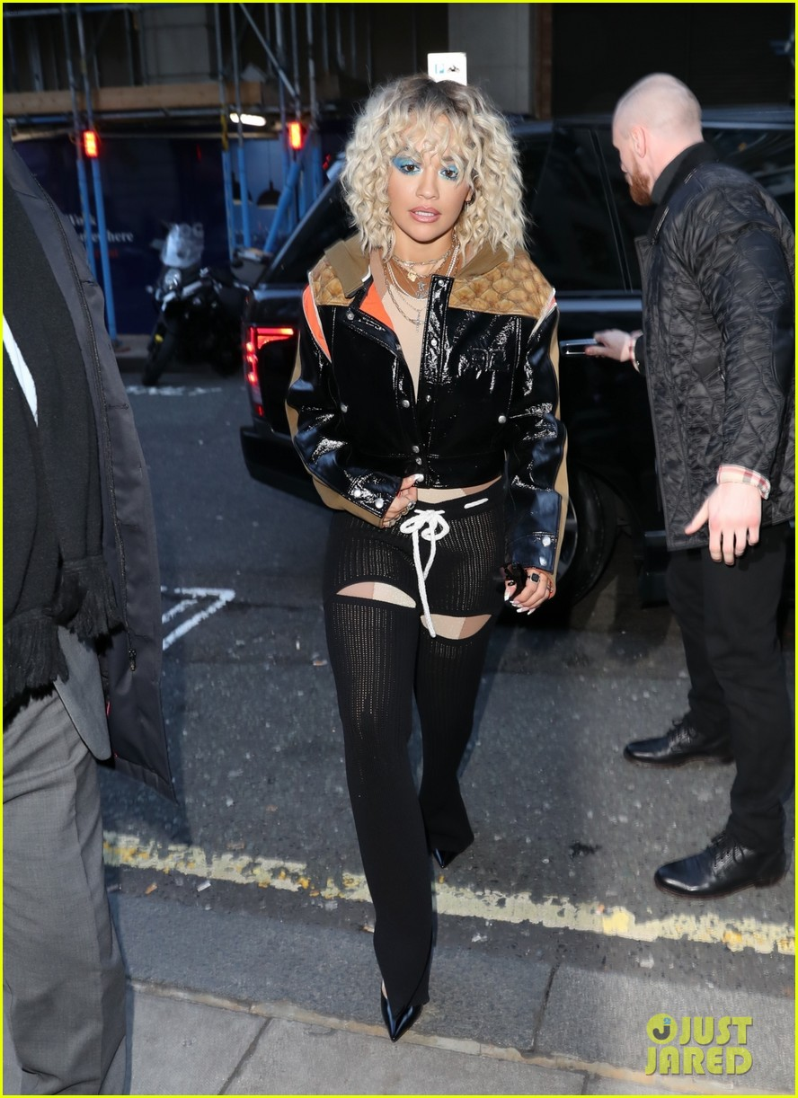 rita ora steps out to promote how to be lonely despite coronavirus concerns 034449688