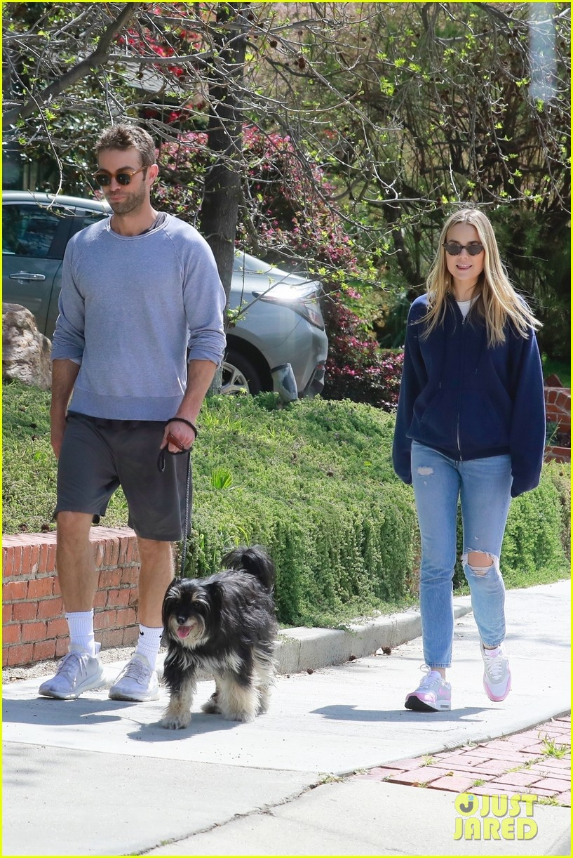 chace crawford ex rebecca rittenhouse meet up for walk 054451002