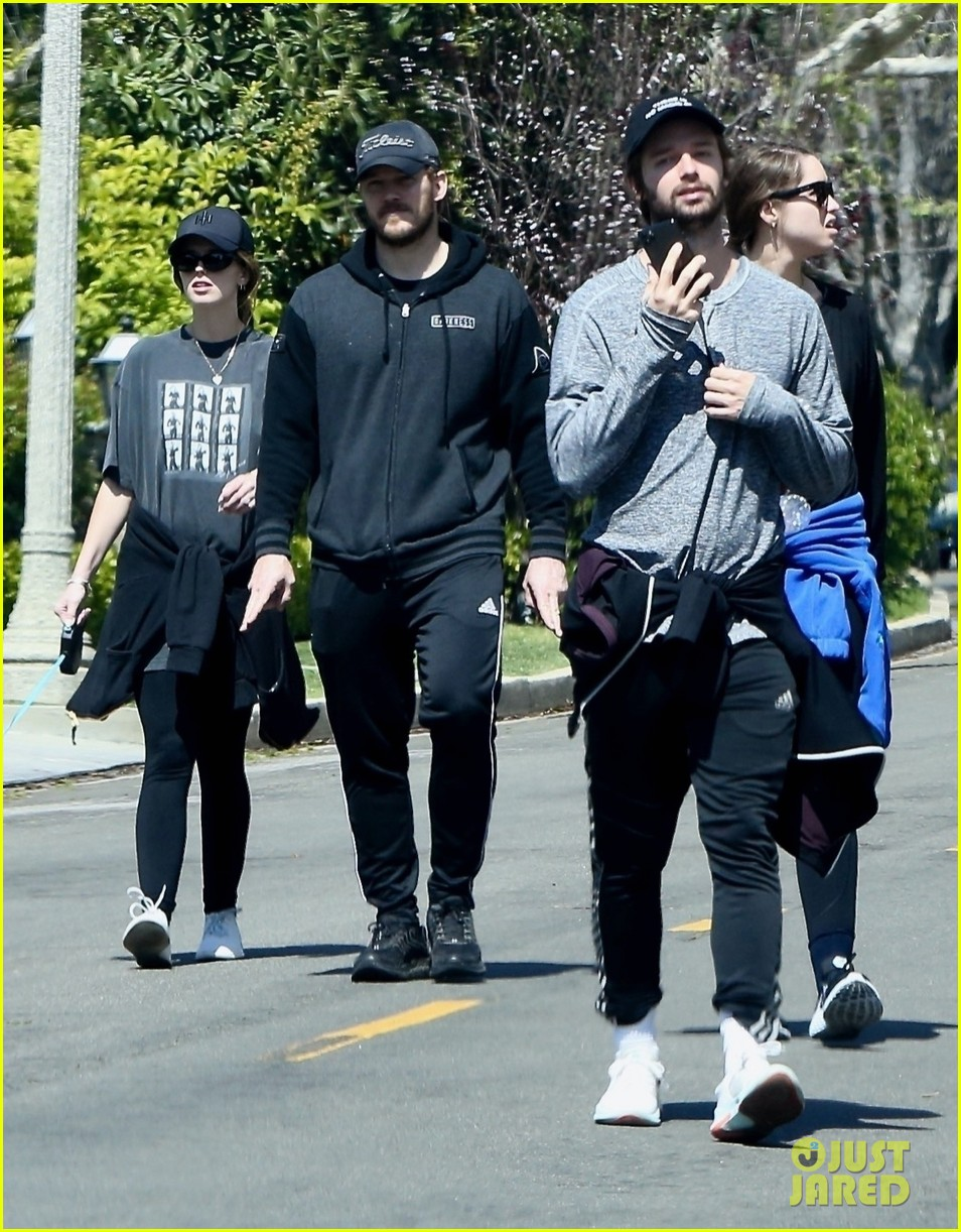 chris pratt katherine schwarzenegger walk with her family 014451904