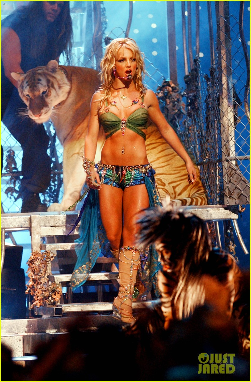 tiger king fans doc antle britney spears mtv vmas performance 034451995