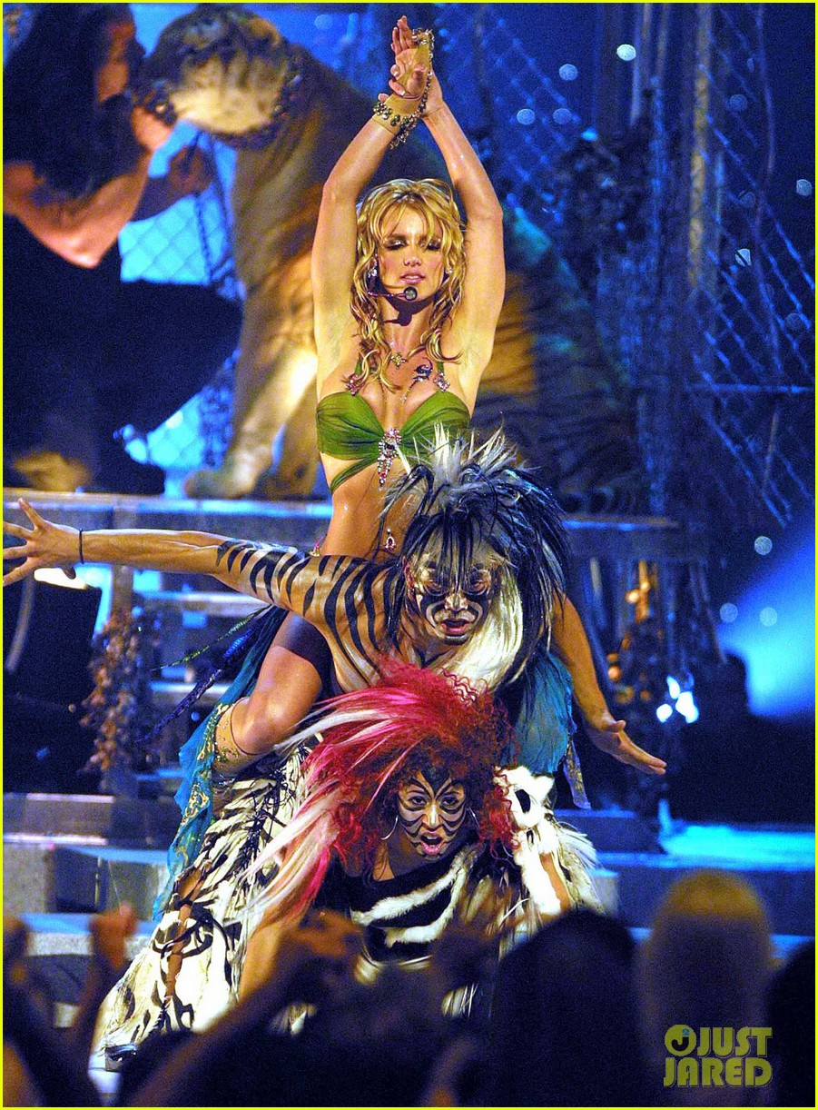 tiger king fans doc antle britney spears mtv vmas performance 044451996