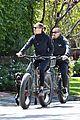 robin wright clement giraudet bike ride with dog 04
