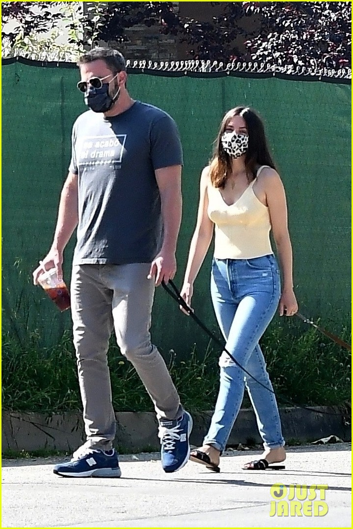 ben affleck ana de armas dog walk tuesday 014456424