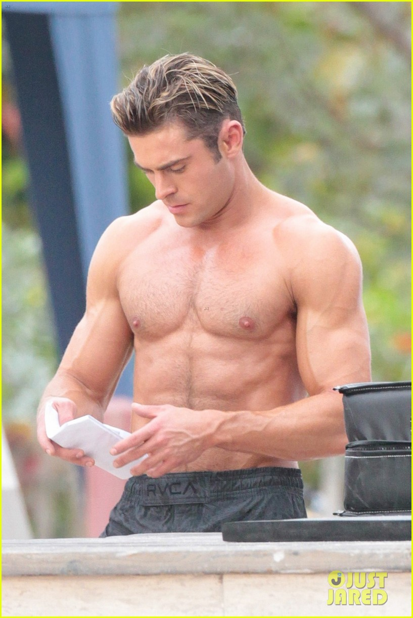 Shirtless Zac Efron Stranded in His Undies: See Pics! - E